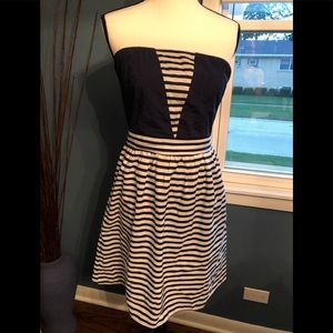 Strapless dress blue and white size M